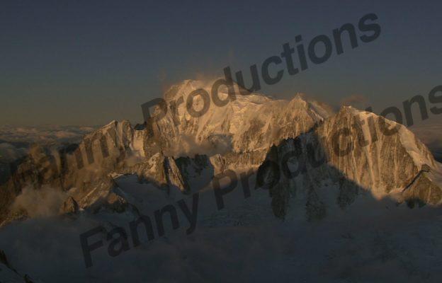 Mont blanc de droite a gauche